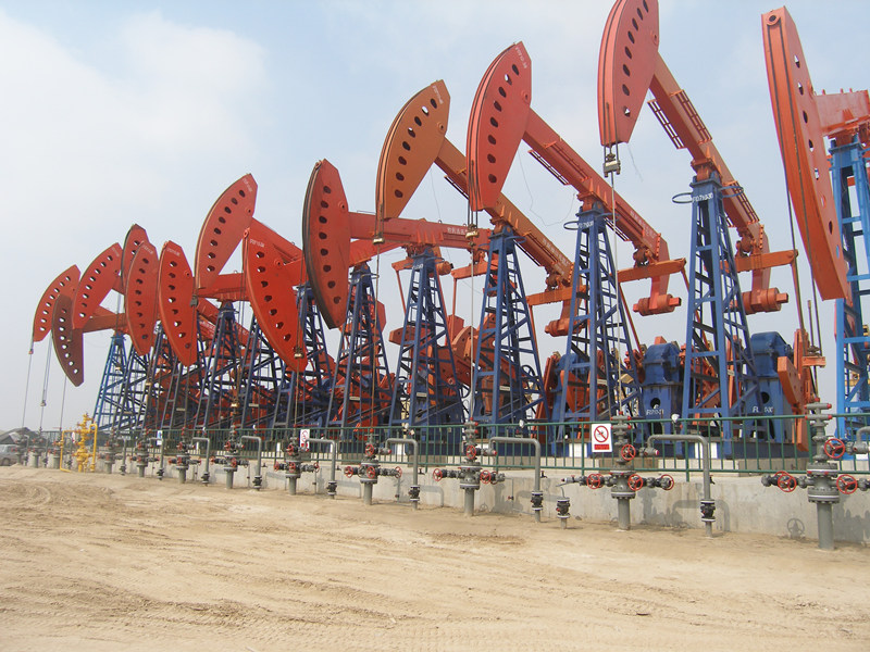 compound balance oil well pumping unit